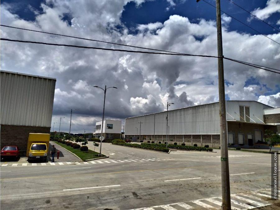 se vende bodega en parque industrial