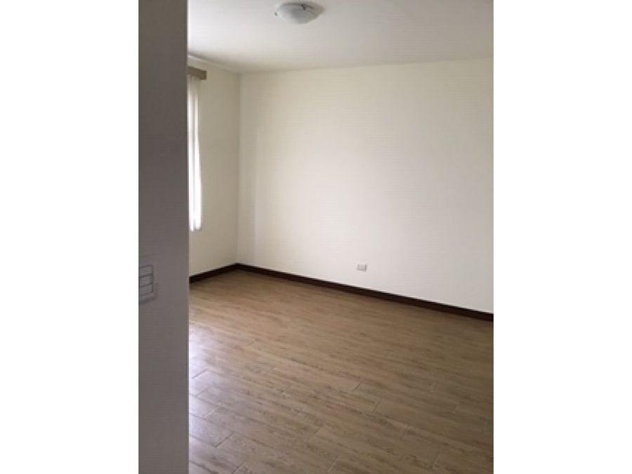 apartamento en renta zona 15 refugio de alcala