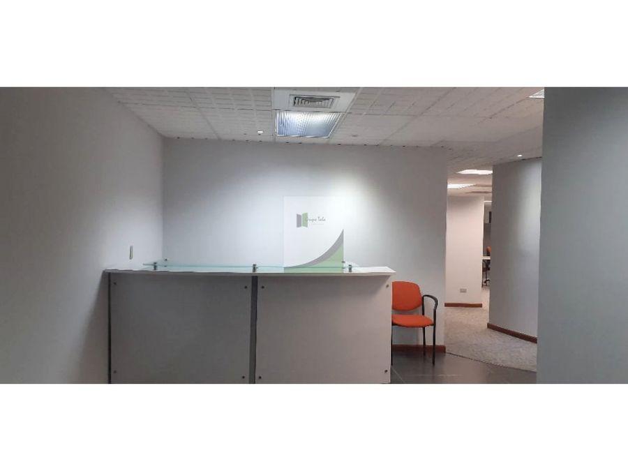 oficina en renta zona 14 columbus center