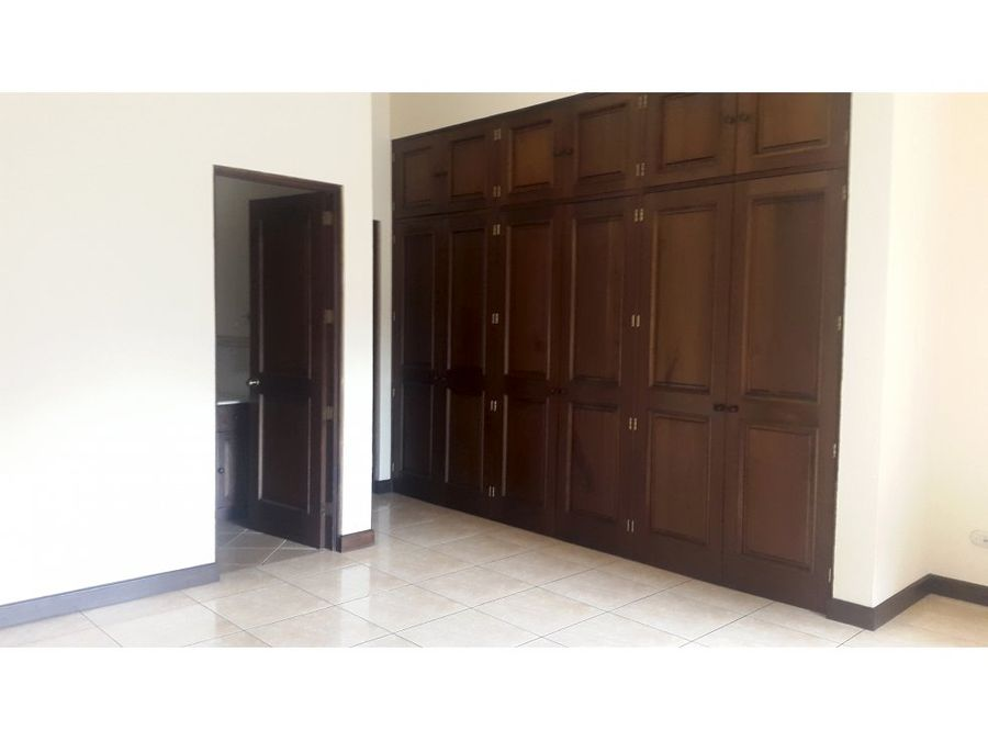 casa en renta zona 10 condominio las delicias