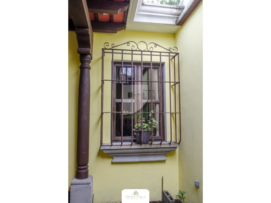 casa en venta antigua portal de las rosas 2