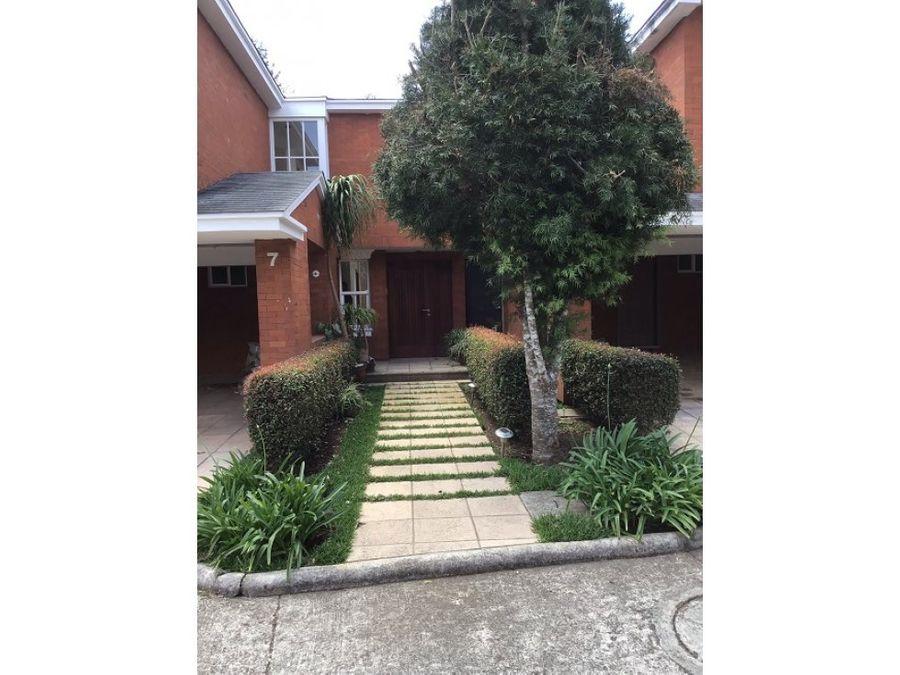 casa renta caes monte verde