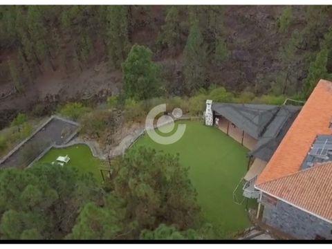 se vende linda casa en vilaflor con terreno