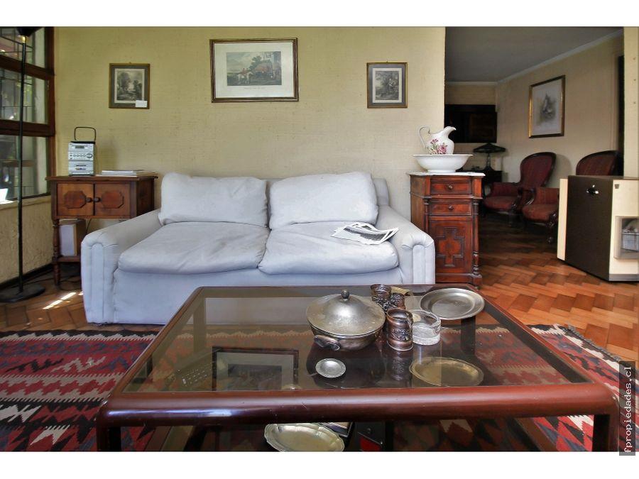vende casa 2 pisos 5d 4b chesterton las condes