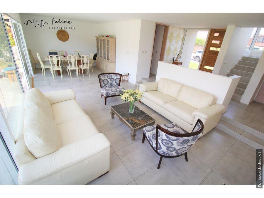 casa mediterranea 2 pisos se vende 4 d s 4 b s chicureo