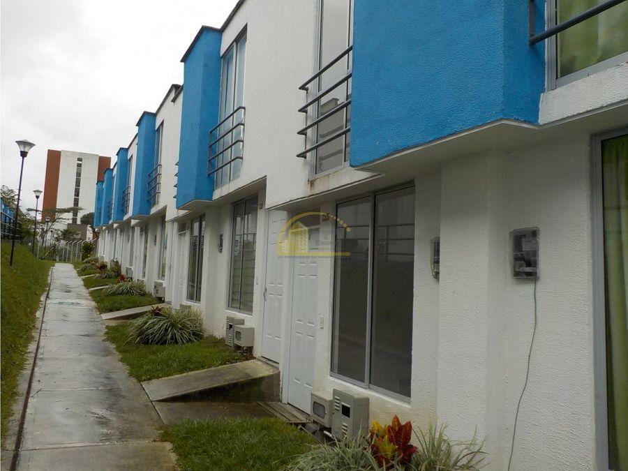 casa en venta en condominio sur de armenia