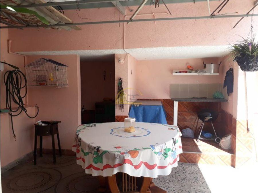 casa en venta norte sobre avd bolivar armenia