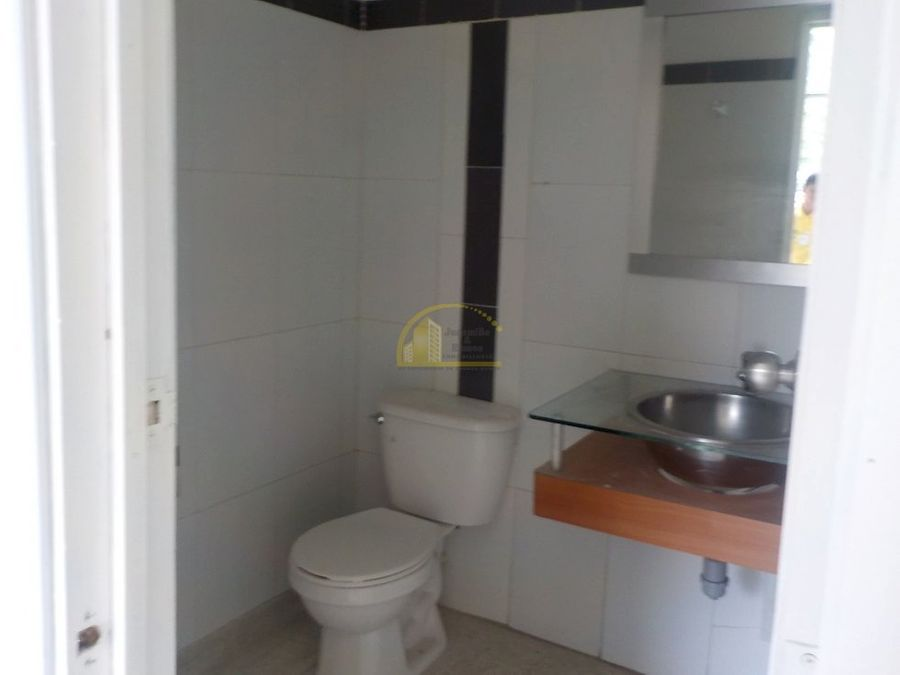 local en arriendo sector fundadores armenia