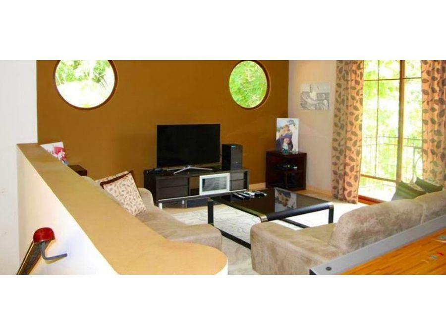 casa en clayton 526 1067 mts2 16761