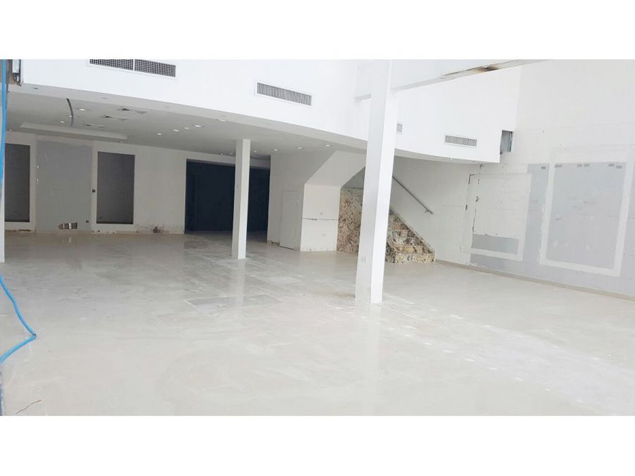 local comercial obarrio 330 mts2 16768