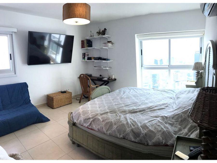 apartamento en ave balboa 109 mts2 16759