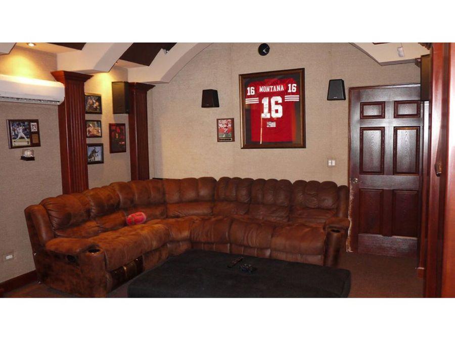 casa en clayton 260mts2 16735