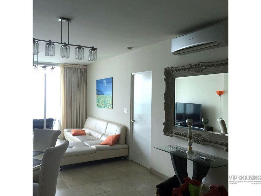 apartamento en ave balboa 101 mts2