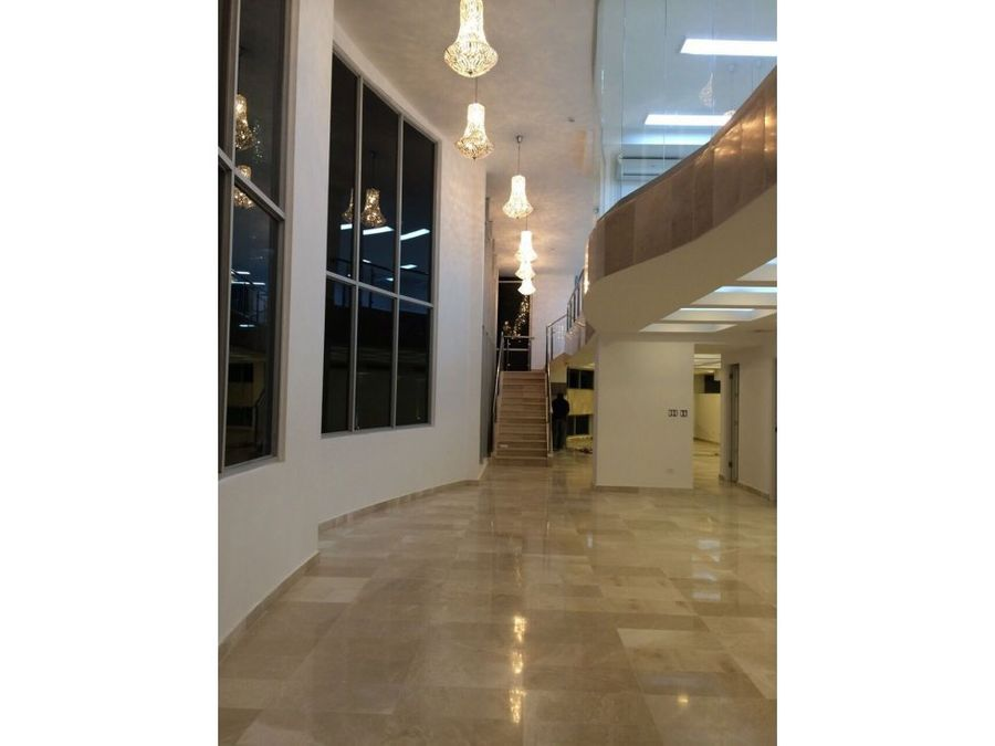 local comercial punta pacifica 270 mts2 16739