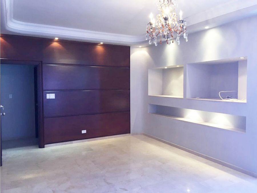 apartamento en ave balboa 750 mts2 16764