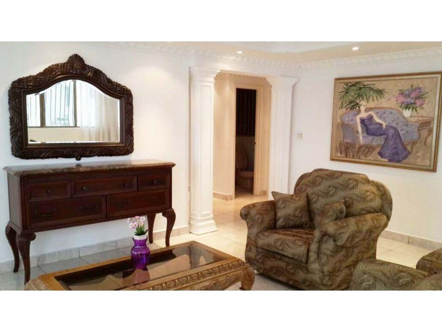 apartamento en ave balboa 190 mts 16699