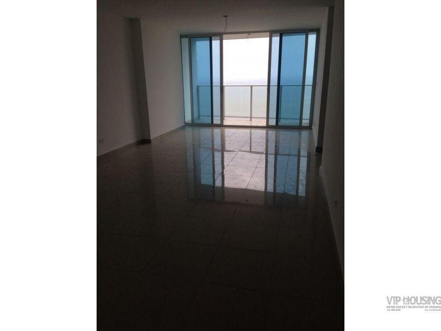 apartamento semi amoblado con vista al mar