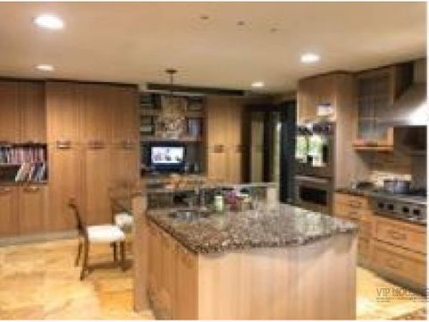 apartamentos frente al mar punta paitilla venta o alquiler 630760mts2