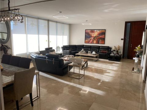 alquilo lujoso apartamento en punta pacifica de 3 recamaras