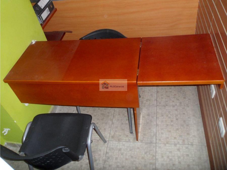 se vende oficina n0 105 4m2 caricuao