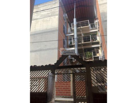 se vende apto 52m2 2h1b1p guarenas