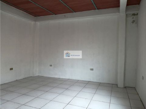 se vendealquila local 24m2 pariata