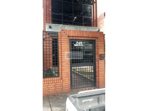 se vende edificio 400m2 bello campo
