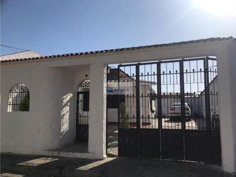 se vende casa 200m2 3h1b4p castillejo