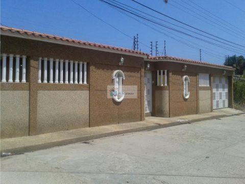 se vende casa 400m2 5h4b3p tacarigua de mamporal