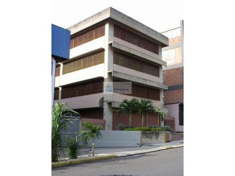 se vende edificio industrial 2081m2 la urbina