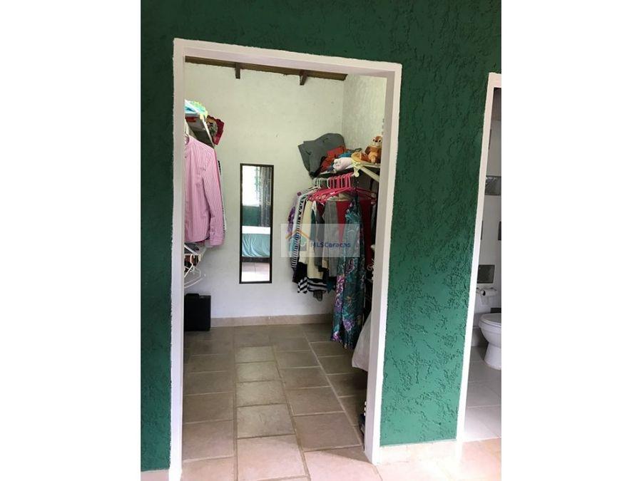 se vende casa 137m2 3h25b2p gavilan
