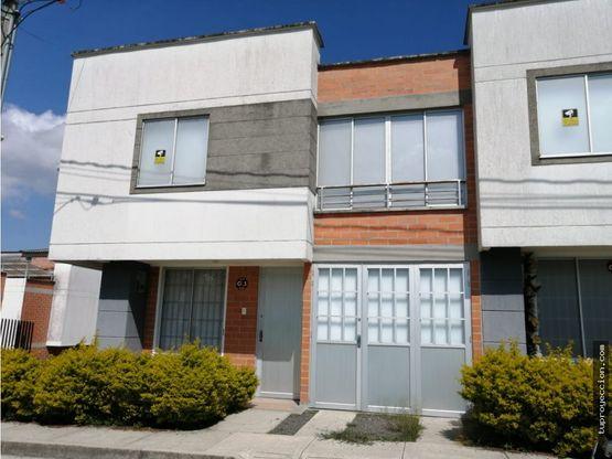 Casa en venta en Montearroyo