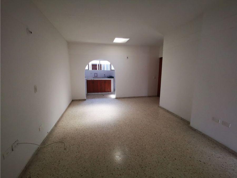 arriendo apartamento primero de mayo