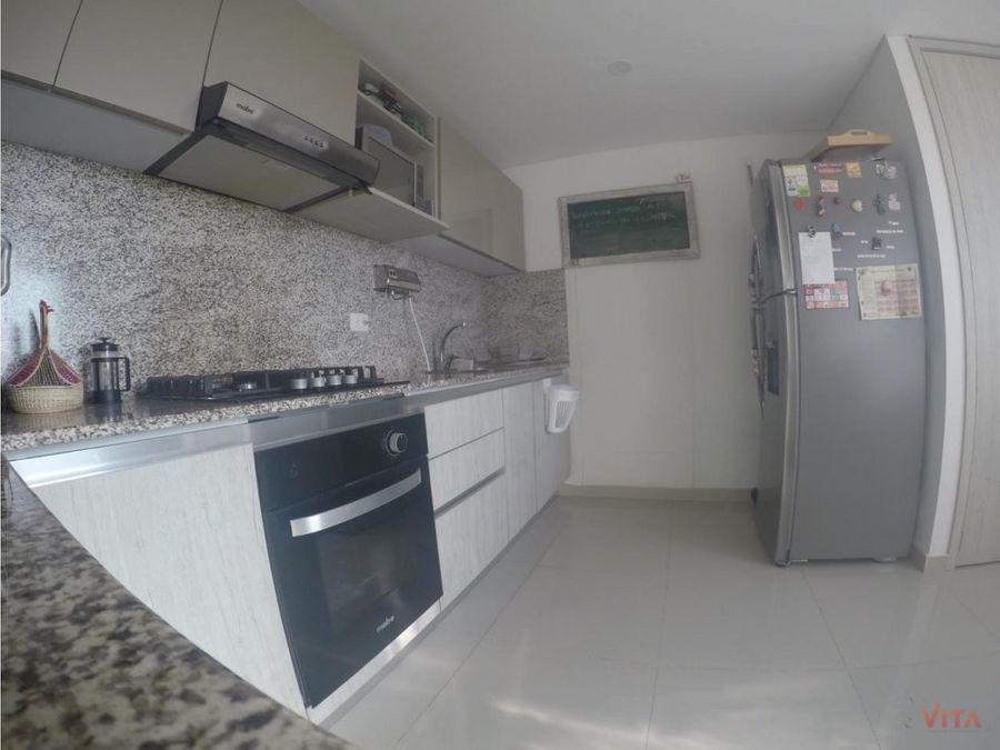 vendemos apartamento en manga nova 176