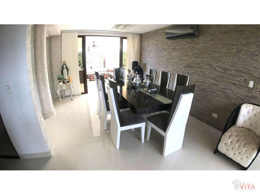 vendemos casa en zona norte barcelona de indias
