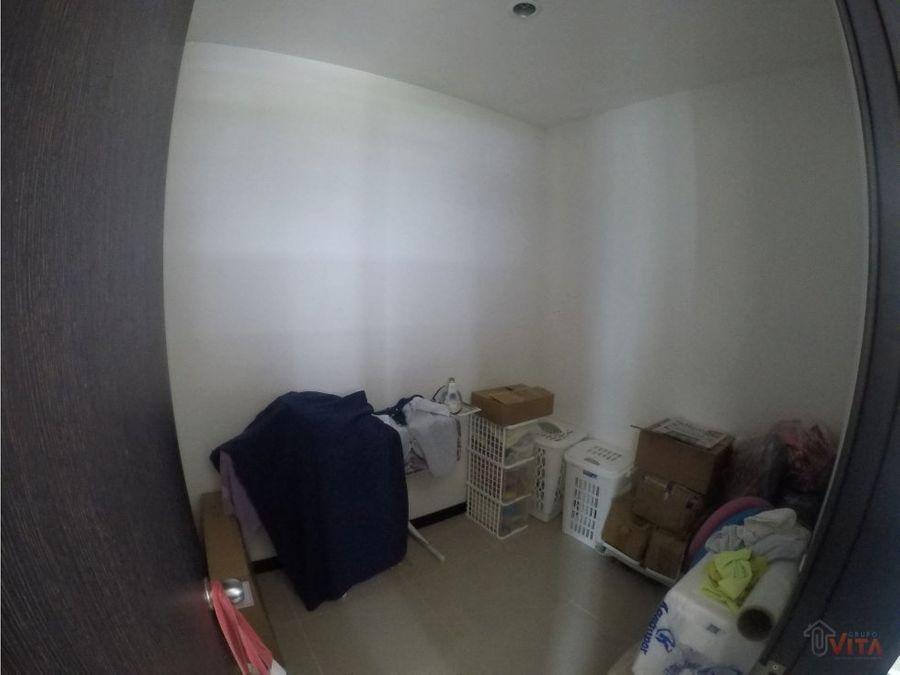vendemos apartamento en cabrero 272