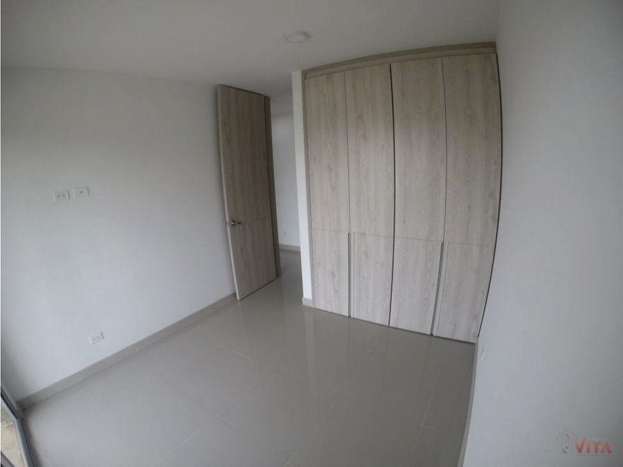 se vende apartamento en serena del mar zinnia