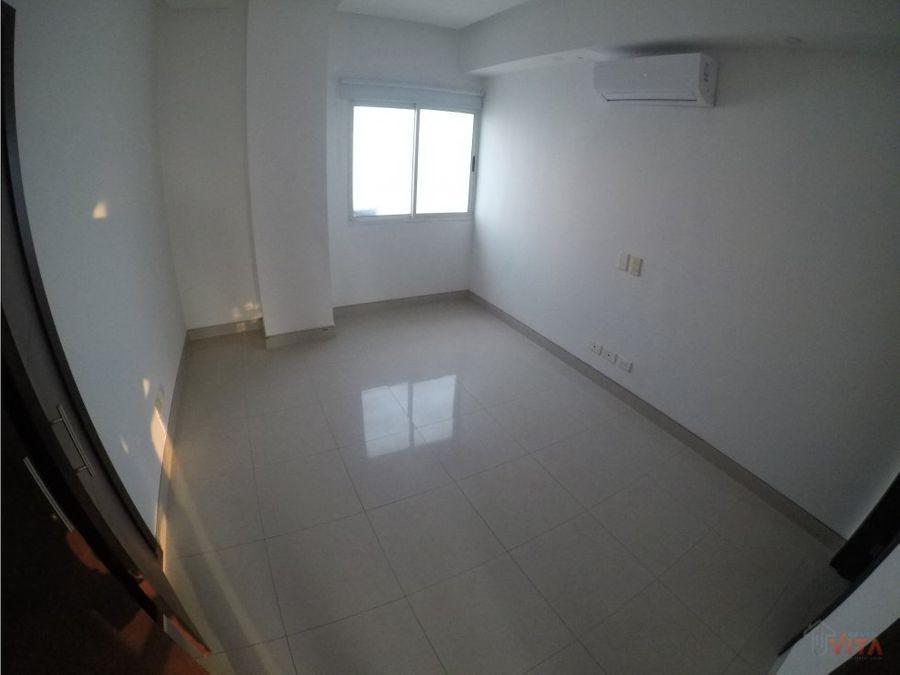 vendemos apartamento en castillogrande omega 21