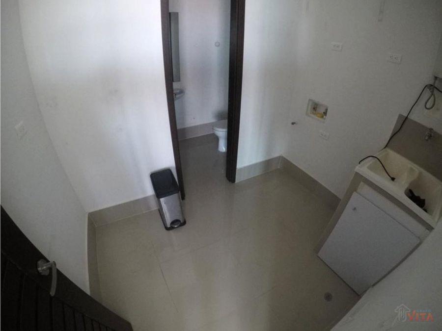 vendemos apartamento en el cabrero milano