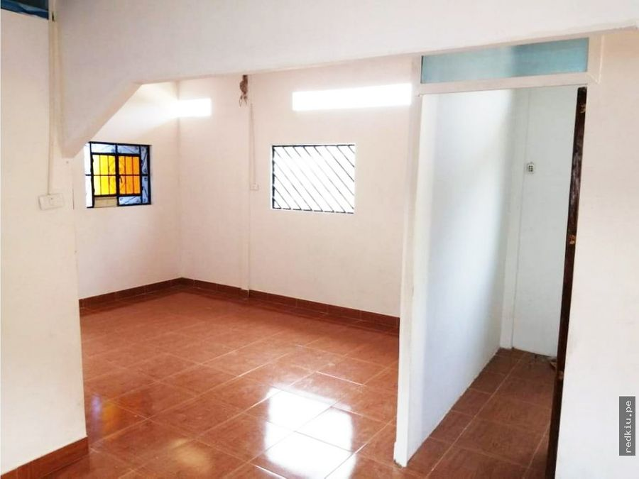 i021048 venta casa manantay