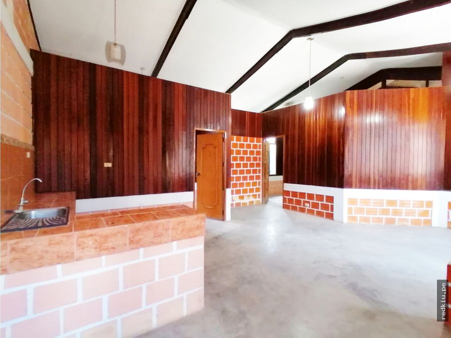 i021069a venta casa yarinacocha