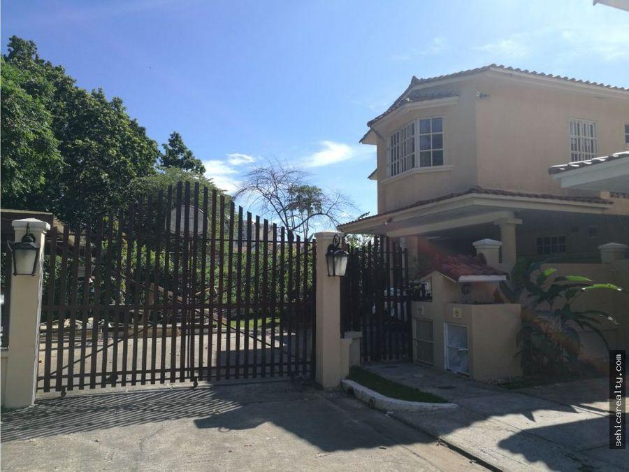 alquiler o venta casa en clayton