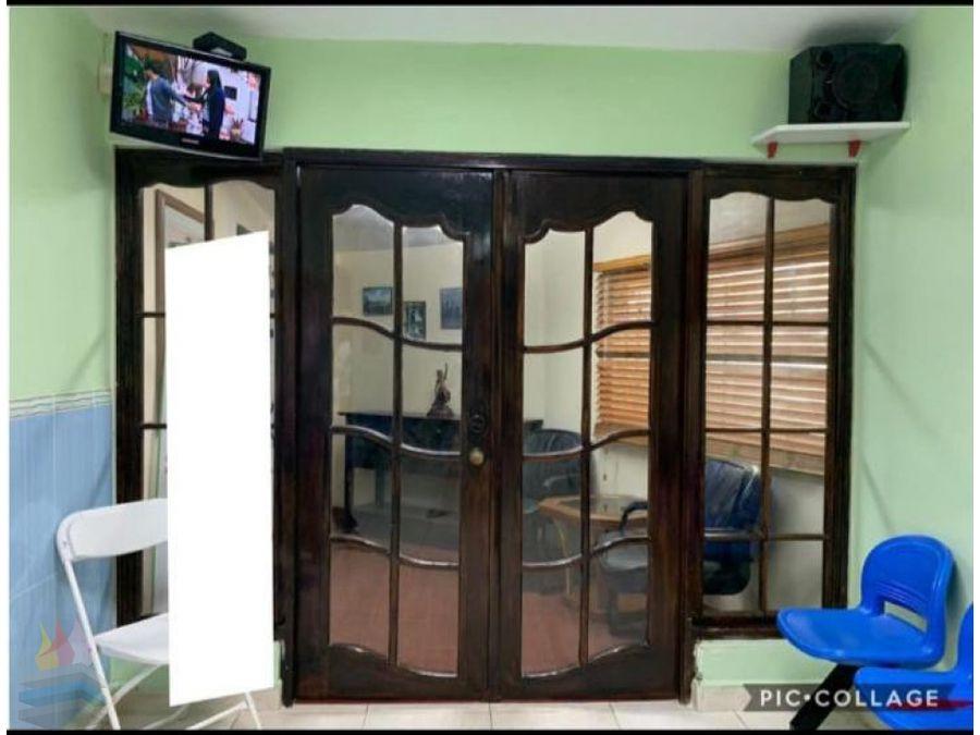 se vende casa remodelada en villa caceres