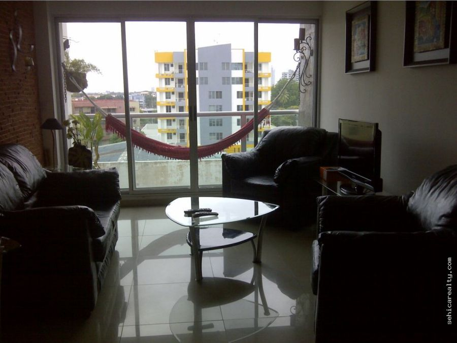 venta de apartamento en via espana 162000