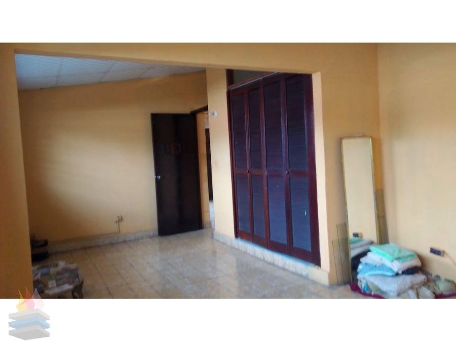 se vende casa remodelada en betania