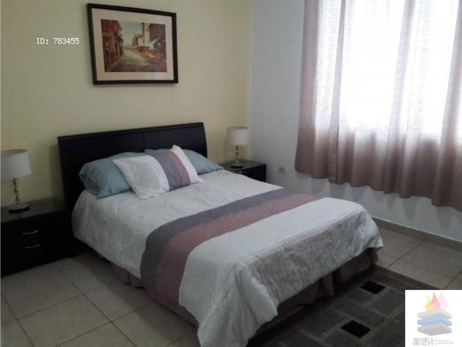 alquilo apartamento amoblado en via argentina
