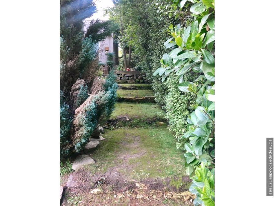 disfruta un lindo jardin y comodos espacios