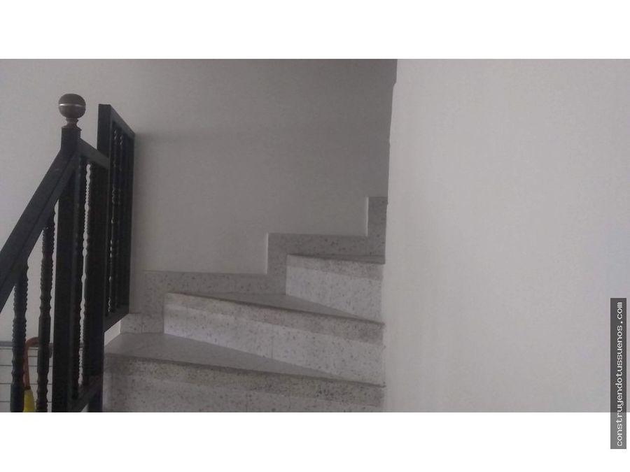 se vende casa en suba plaza imperial