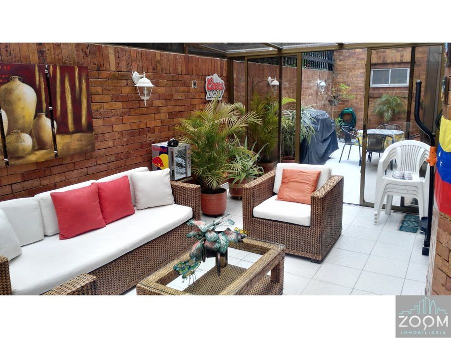 apartamento con estupenda terraza en chico navarra