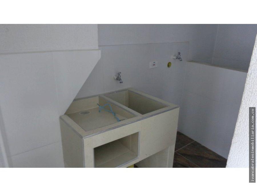 apartamento 3o piso en arriendo urb marina